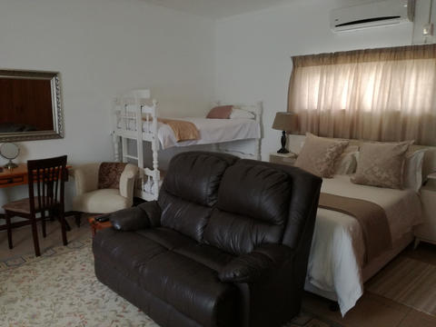 family accommodation newton park port elizabeth01